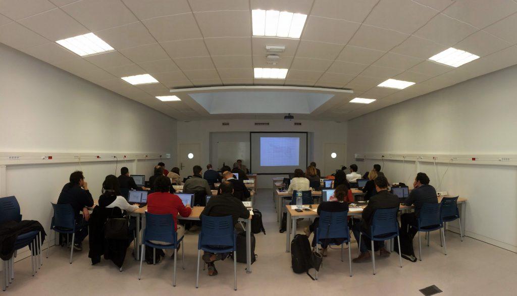Aula universitaria de arquitectura la universidad de c diz y el colegio oficial de arquitectos - Colegio de arquitectos cadiz ...